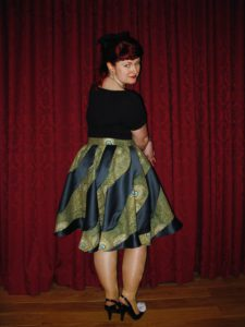 Lori's heptagrin skirt, made by Jess Hawke