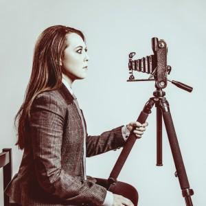 Idil Sukan, by Julia Sukan