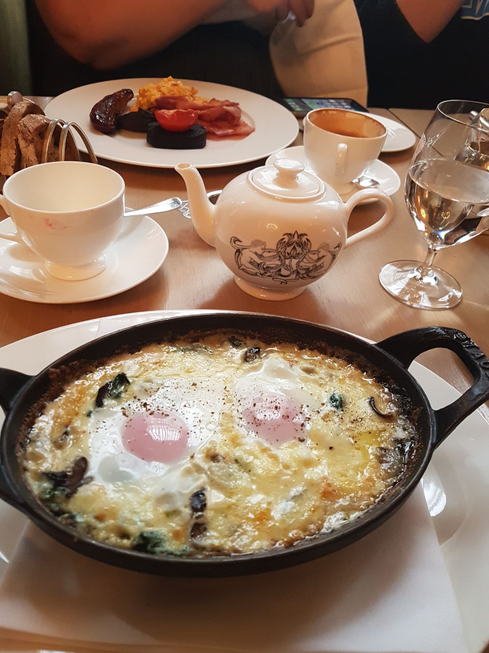 Lou's baked eggs and tea at Berners Tavern